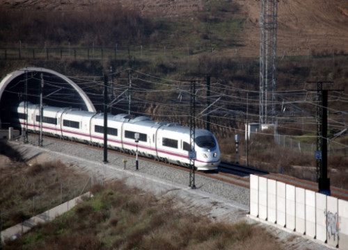 High-Speed Train between Barcelona and Girona (by ACN)