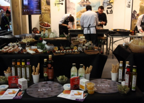 A stand promoting gastronomic tourism in B-travel (by J. Morros)