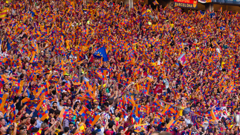 Barça supporters in Berlin's Olympic Stadium (by FC Barcelona)