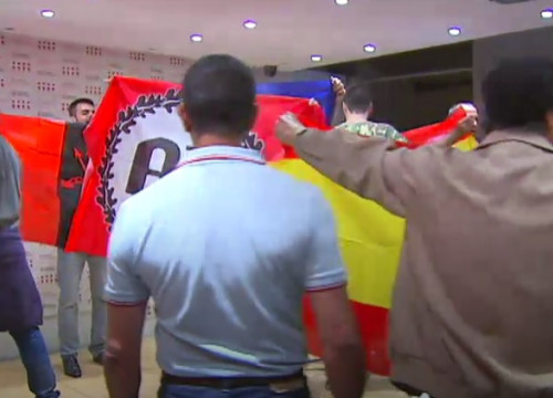 Screenshot of footage showing the far-right assault on the Blanquerna cultural center, in Madrid, on the 2013 Catalan National Day
