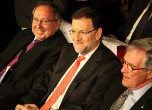 From left to right: Josep Lluís Bonet, Mariano Rajoy and Xavier Trias, Mayor of Barcelona (by R. Garrido)