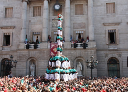 The Castellers de Vilafranca during their performance at Barcelona's Mercè festival (by N. Pérez)