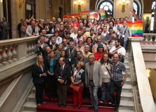Some of the MPs who have voted for the new law against homophobia with representatives from the LGBT organisations (by R. Garrido)