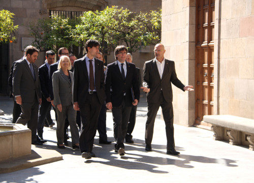 Catalan President Carles Puigdemont, Catalan Minister for Foreign Affairs, Raül Romeva and the Secretary for Foreign Affairs, Jordi Solé met the delegates of the Catalan government abroad (by ACN)