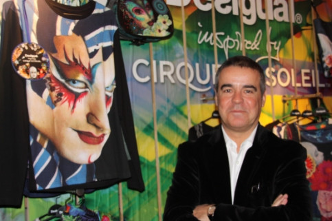 Desigual's CEO Manel Adell presenting the new collection designed in collaboration with Cirque du Soleil (by E. Romagosa)