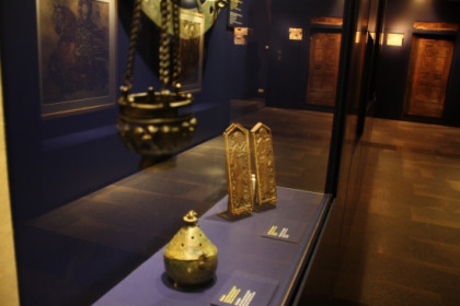 Te CaixaForum of Girona shows Coptic Christian art until January 2012 (by T. Tapia)