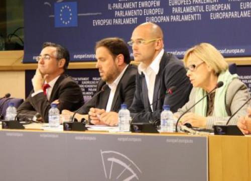 Some of the Catalan MEPs. From left to right: Tremosa, Junqueras, Romeva and Badia (by R. Correa)