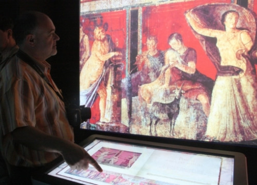 The virtual exhibition allows visitors to learn about the archaeological heritage of Pompeii and Herculaneum (by ACN)