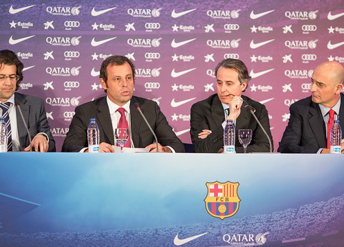 Members of Barça's Board of Directors, with President Rosell (second from the left) (by FC Barcelona)