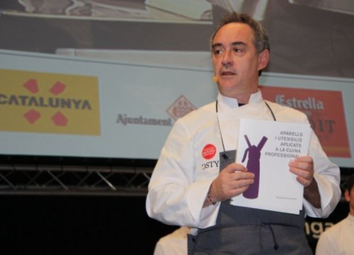 Ferran Adrià during his master class (by ACN)