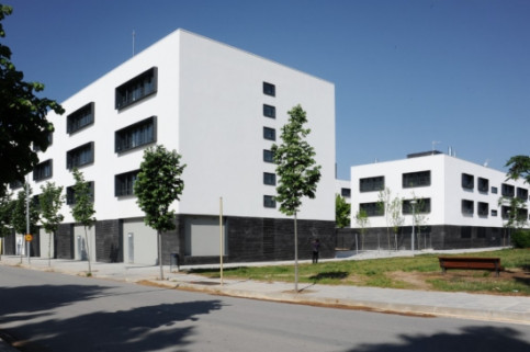 Newly-built flats in Catalonia (by ACN)