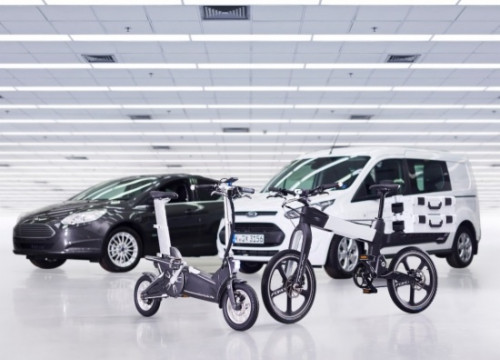 Ford presented smart cars and bikes  at the Mobile World Congress (by ACN)