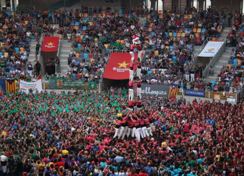 The Xiquets de Hangzhou at the Castells Competition of Tarragone on October 1 2016 (by Sílvia Jardí)