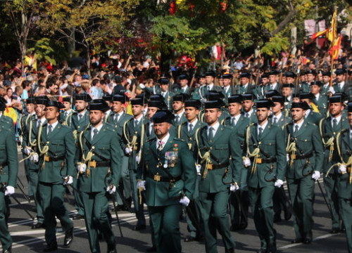 Spain's Guardia Civil officers parading in Madrid on Spain's National Day on October 12 (by Roger Pi de Cabanyes)