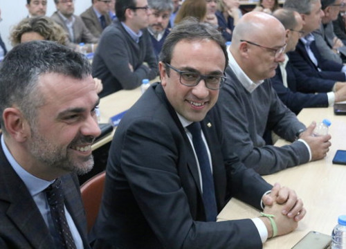 Former Catalan Business minister, Santi Vila, and Territory minister, Josep Rull, in a PDeCAT meeting on Monday (by Bernat Vilaró)