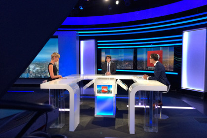 Carles Puigdemont appearing on Belgian TV station RTBF (by ACN)