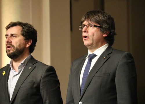 Toni Comín and Carles Puigdemont in an event in November 2017 (by Laura Pous)