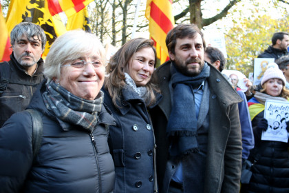 Deposed Catalan ministers Toni Comín, Meritxell Serret and Clara Ponsatí in the demonstrations in Brussels on November 12 2017 demanding the release of political prisoners (by ACN)