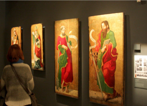 Four pieces exhibited at the Museum of Lleida which will be relocated to Sixena (by ACN)