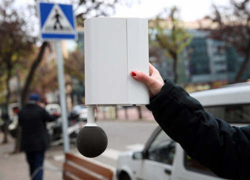 A noise sensor implemented in Girona, identical to many used throughout Catalonia tracking noise level data in real-time (image courtesy of the city hall of Girona)