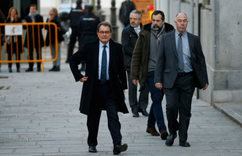 Former president of Catalonia Artur Mas arrives in court on Tuesday (by Javier Barbancho)