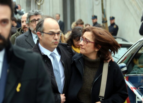 Jordi Turull and Blanca Bragulat outside Spanish Supreme Court on March 23 (by ACN)