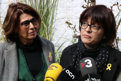 Family members of pro-independence politicians in jail (by Blanca Blay)