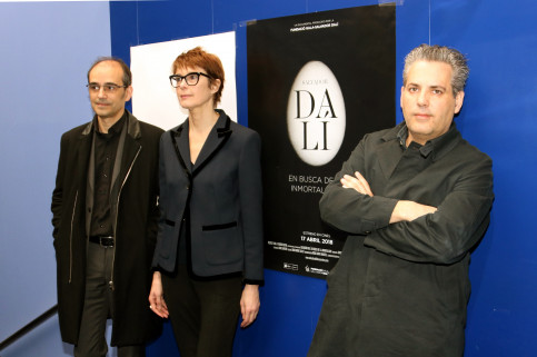The director and the playwrighter of the documentary about Dalí, David Pujol, with  Montse Aguer and Jordi Artigas, from the Dalí's museums (by ACN)