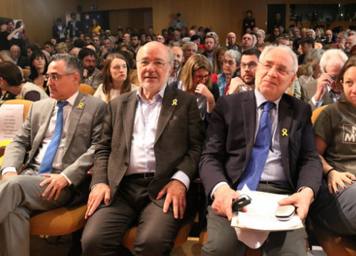 (From left to right) MEPs Ramon Tremosa, Josep Maria Terricabras, and president of EU-Catalonia Dialogue Platform Ivo Vajgl (by ACN)
