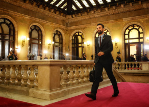 Catalan speaker Roger Torrent arrives in parliament (by ACN)