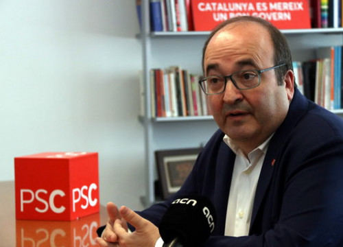 Leader of Socialists in Catalonia Miquel Iceta during an interview with the Catalan News Agency on May 20 2018 (by Núria Julià)