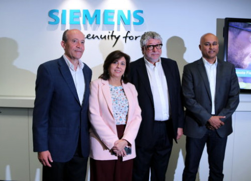 Siemens Energy Division CEO Vinod Philip (right) at inauguration of Siemens innovation centre (by ACN)