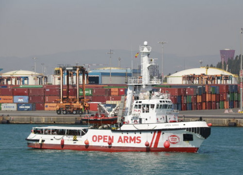 The NGO Open Arms boat arriving in Barcelona port on July 4, 2018 (by Laura Fíguls)