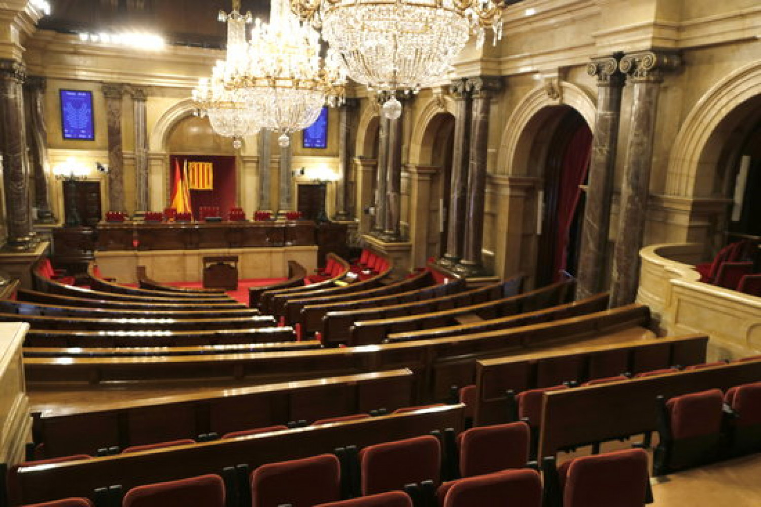 Image of the Catalan parliament empty, on July 18, 2018 (by Guillem Roset)
