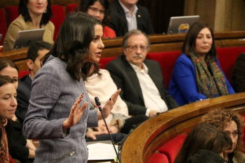 The head of Ciutadans in Catalonia, Inés Arrimadas, in Parliament on February 6, 2019 (by Núria Julià)