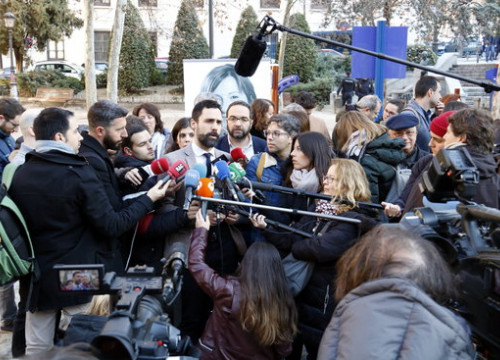 Roger Torrent, current president of the Catalan parliament, and successor to Carme Forcadell, speaking to the media ahead of the testimony of Forcadell in the Catalan Trial
