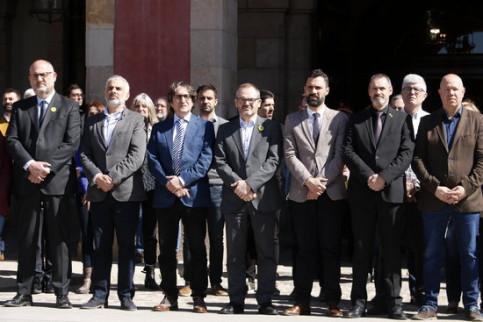 Catalan parliament members hold a minute of silence for the New Zealand terror attacks (by Marta Sierra)