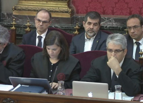 Second row, from left to right: Jordi Turull, Jordi Sànchez and Josep Rull in Spain's Supreme Court