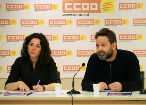 Two officials for CCOO trade union in a press conference on March 28, 2019 (by Aina Martí)