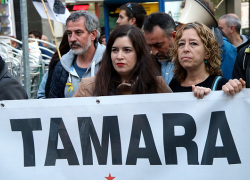 Catalan activist Tamara Carrasco attends a protest in her hometown of Viladecans (by Àlex Recolons)