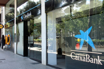 A Caixabank office (by Alèxia Vila)