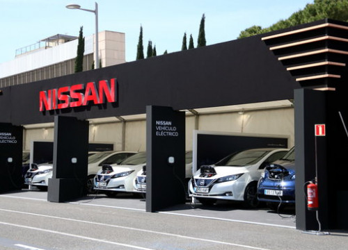 Nissan electric cars on display at Barcelona's car show 2019 (by Maria Belmez)