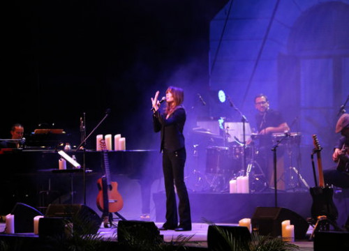 Carla Bruni was the first on the stage at this year's festival