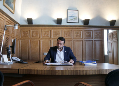 Alex Pastor in the Badalona mayor office in June, 2019 (by Jordi Pujolar)