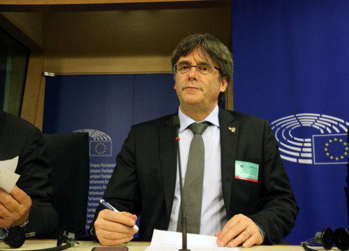 MEP-elect Carles Puigdemont in a press conference where he announces he will take his case to the European Court of Justice. (Photo: Natàlia Segura)