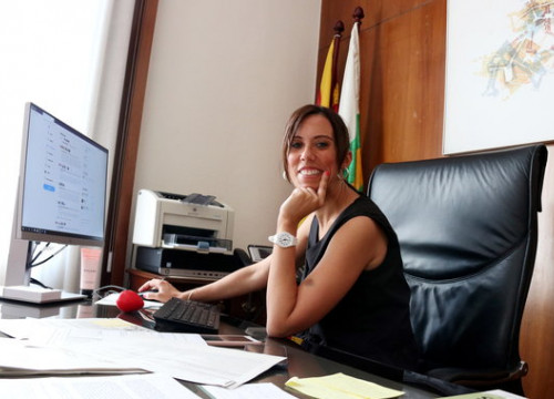 Sabadell's Socialist mayor, Marta Farrés, during an interview with the Catalan News Agency. (Photo: Norma Vidal)