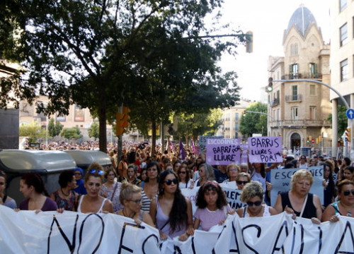 Image of the demonstration to protest against the latest supposed gang rape in Manresa, on July 16, 2019 (by Laura Busquets)