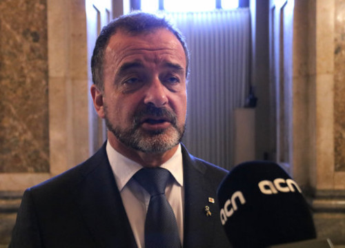 Catalonia's foreign minister Alfred Bosch speaks with ACN at the Catalan Parliament. (Photo: Guifré Jordan)