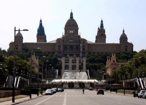 The front of Catalonia's National Art Museum in the center of Barcelona (by Joana Garreta)