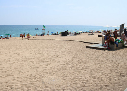 The beaches have seen an 8-year high number of casualties this summer (by Gerard Vilà)